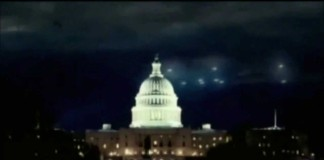 UFOs flying over Washington D. C. in 1952