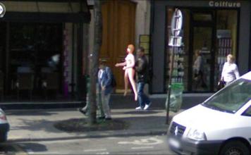 25 Strange Things Found On Google Street View