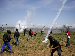 Macedonian Police Use Tear Gas On Migrants At Greek Border
