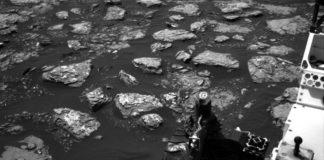 Curiosity Rover Team Examining New Drill Hiatus