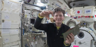 Record-Breaking Station Crew Member Discusses Life In Space With The Media