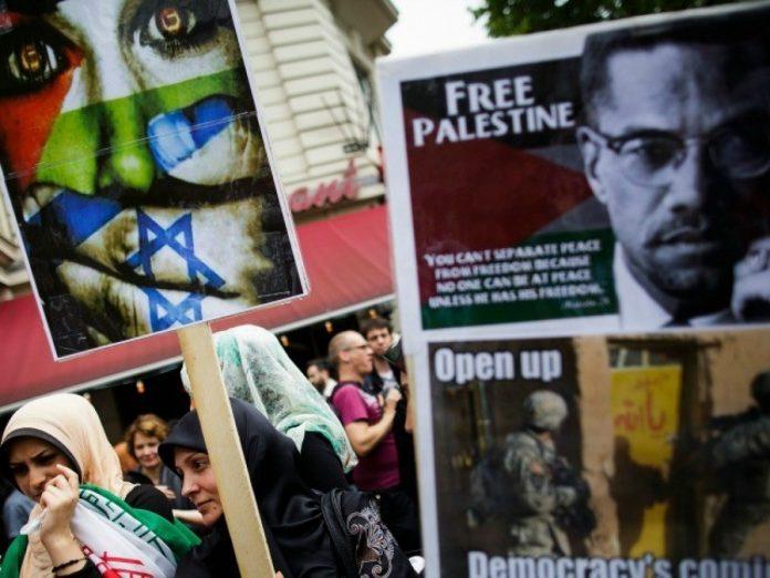 German Lawmakers Seek to Deport Migrants Who Espouse Anti-Semitism
