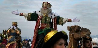Spain Features Gay Float In Three Kings Parade