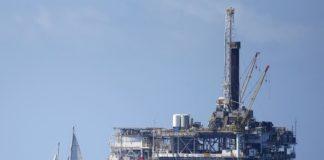 Trump offshore oil drilling plan draws protest in California