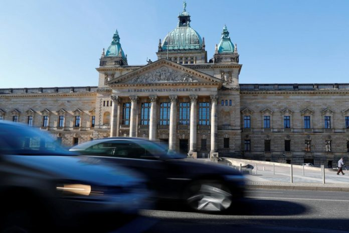 Germany weighs options to avoid diesel bans after ruling